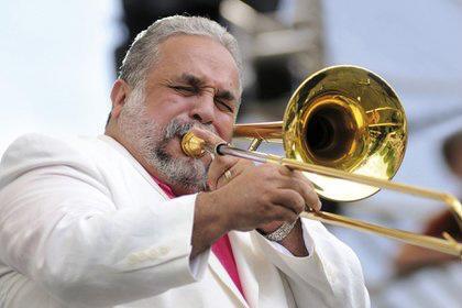 Willie Colón.