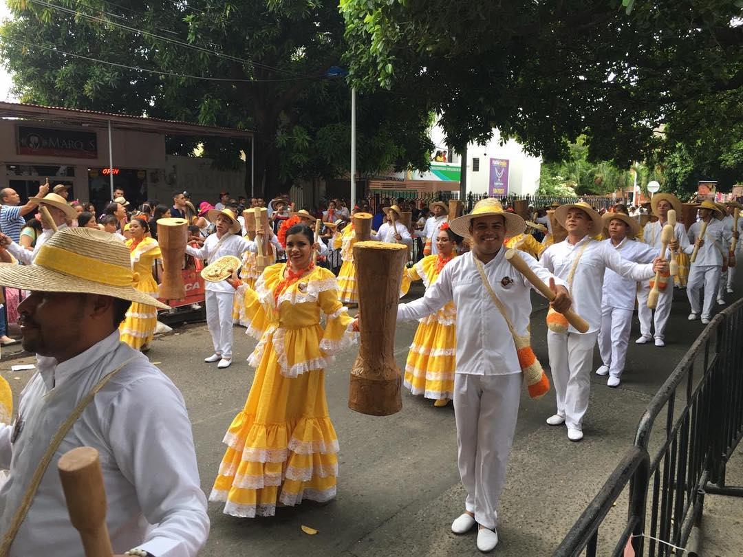 En el 2019 más de 2.00 parejas participaron en el Desfile de Piloneras en Valledupar.     FOTO: Cortesía.