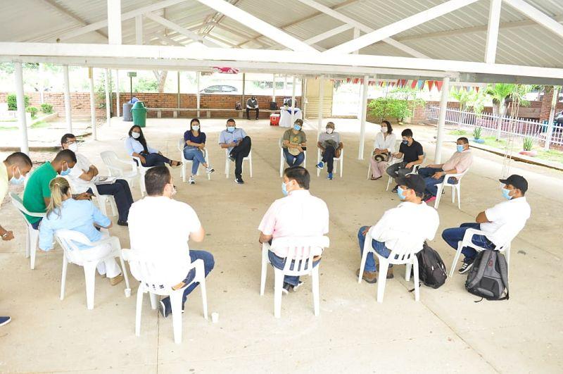 Ambientalistas y representantes de entes administrativos hicieron parte de la reunión.  Foto: Joaquín Ramírez/EL PILÓN
