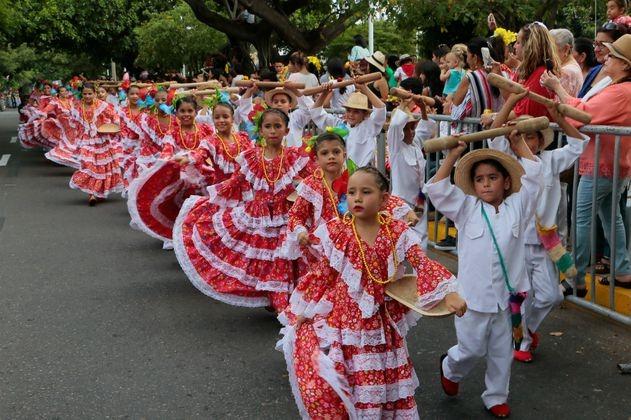 Diez grupos de Piloneras se presentarán en la plaza Alfonso López de Valledupar.    FOTO: CORTESÍA.