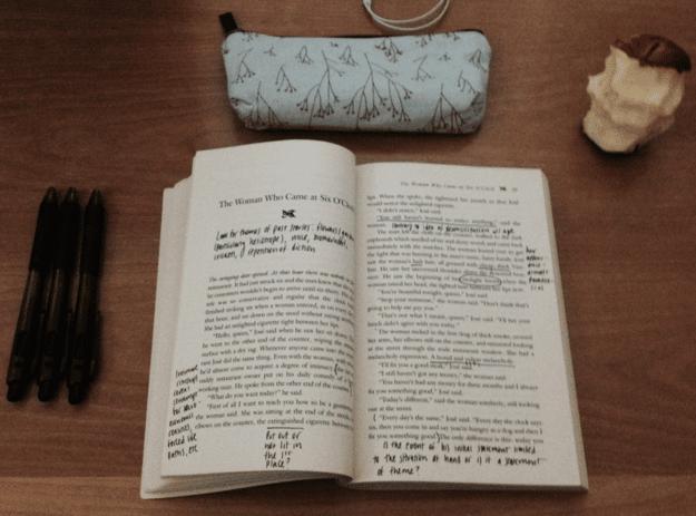 18 Cosas que solo entienden quienes prefieren leer libros impresos