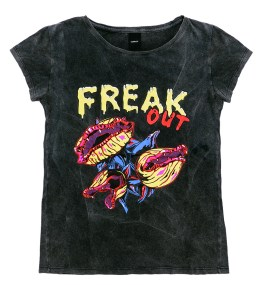 "Remera de algodón ""Freak Out"", Complot."