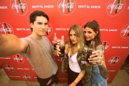 Los Tinelli, siempre unidos: Francisco, Micaela y Candelaria vibraron al ritmo de Rombai en el evento de Coca-Cola.
