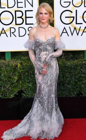Nicole Kidman, por Alexander McQueen