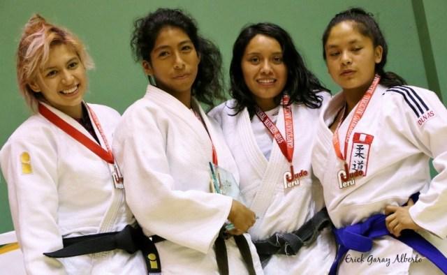 Femenino -57 Kg. 1. Evelyn Eufrasio (Guadalupe) 2. Karen Cornejo (Takenori Ito) 3. Yasmin Laura (Olympique) 3. Flor Atauruna (IPD Ayacucho)