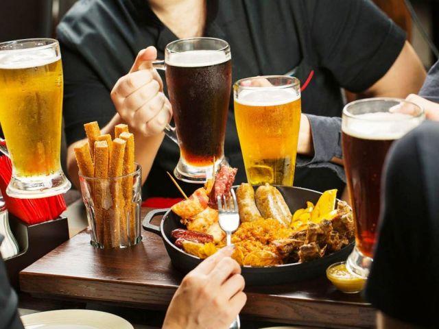 Maridaje-de-cervezas-con-platos-gastronomia-El-Portal-del-Chacinado
