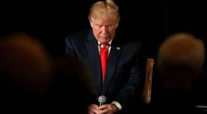 """EEUU: Washington bulle con rumores de un """"golpe palaciego"""" contra Trump"""