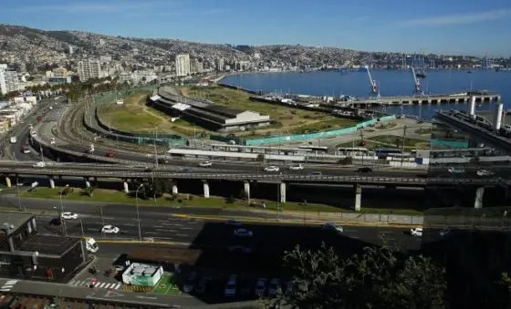 Valparaíso: Los Trabajadores Portuarios rechazan la Consulta Ciudadana por Barón