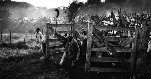 León Trotsky: el marxismo y la relación entre revolución proletaria y revolución campesina