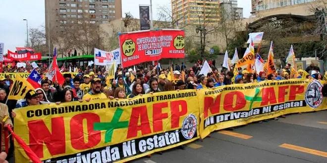 Crónica del cierre central de la Iniciativa Popular de Ley de NO + AFP