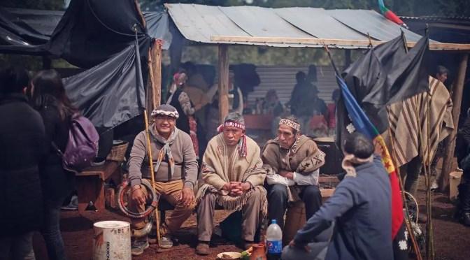 lonko muerto y nuevas tomas de tierras ponen en las cuerdas al Gobierno
