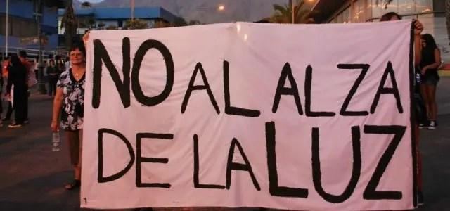 Debemos decir NO a las fuertes alzas en las cuentas de luz en Chile