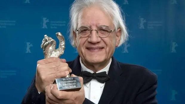 Orgullo nacional: Patricio Guzmán gana premio al mejor documental en Cannes