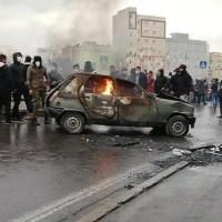 Lucha feroz en las calles de Irán