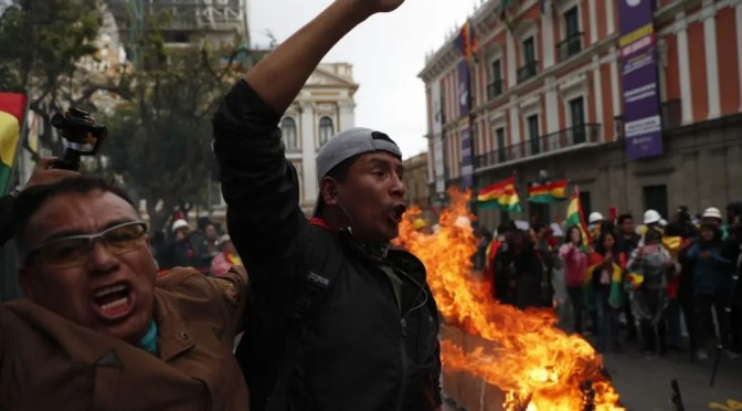 Bolivia: a los sindicatos combativos y a todas las fuerzas disponibles a luchar contra el golpe