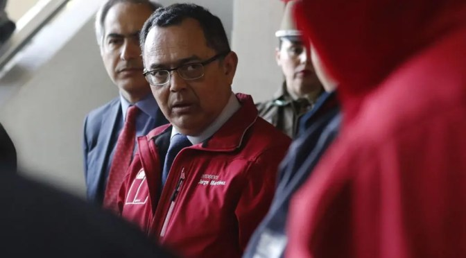 Asamblea de Cerro Alegre exige renuncia del Intendente Martínez