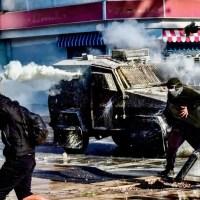 Entre el garrote represivo y la zanahoria electoral: ¿Chile rumbo a una carnicería?