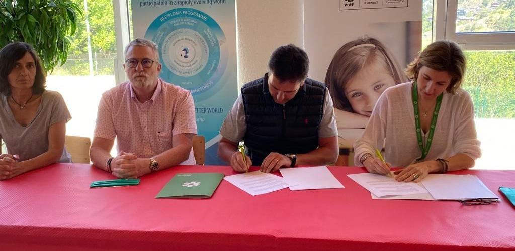 Conveni entre la FAE i l'Agora International School Andorra