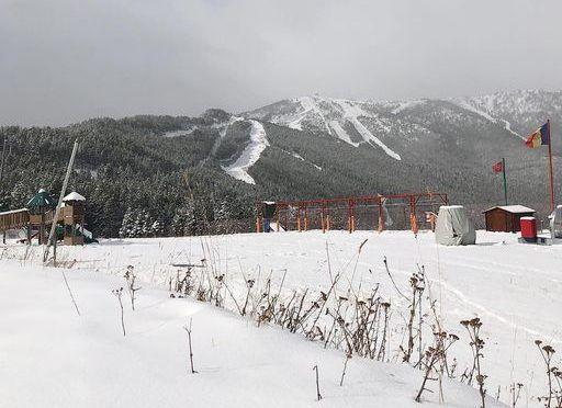 Quatre esquiadors de la FAE donen positiu per Covid-19
