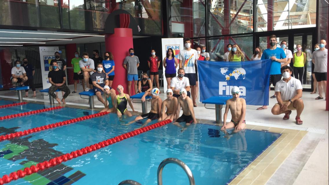 Èxit del curs d'entrenador de natació de nivell 1 de la FINA