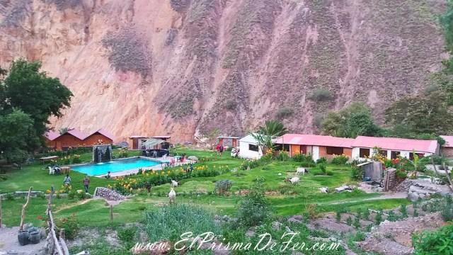 Oasis de Sangalle en el interior del Cañón del Colca
