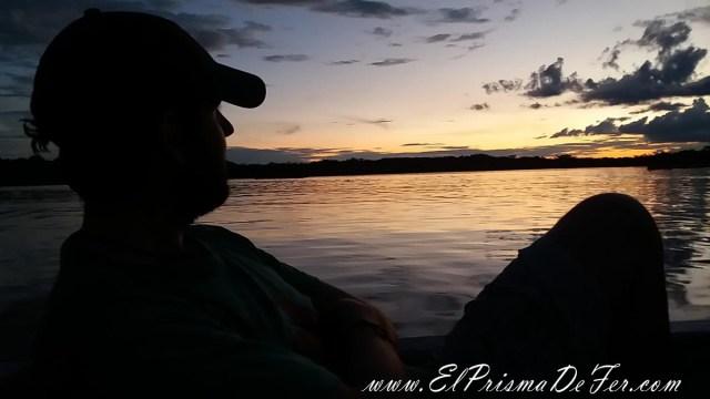 Atardecer en Laguna Grande, en la Reserva de Cuyabeno