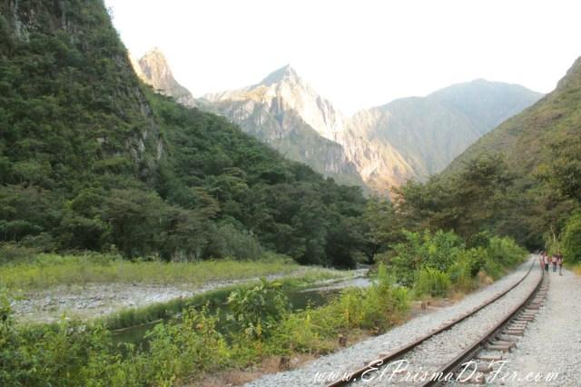Caminata entre Hidroeléctrica y Aguas Calienets