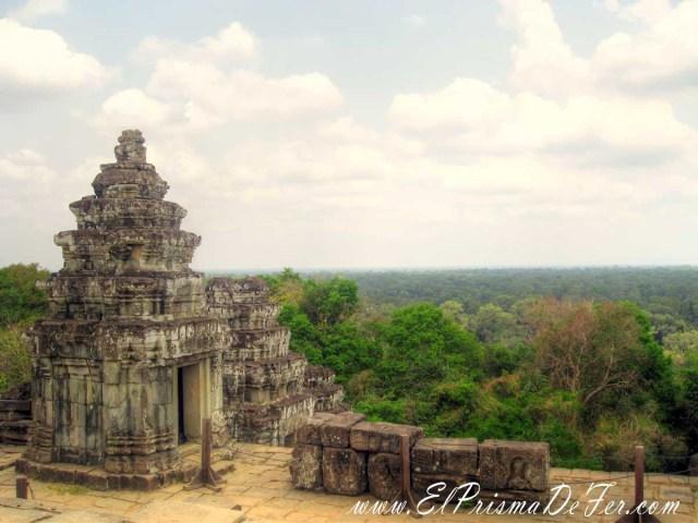 Templo de Phnom Bakheng