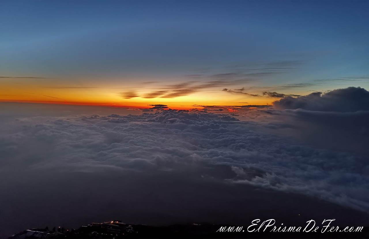 Amanecer desde Monte Fuji