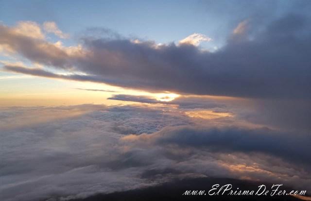 Asi como salió el sol, aparecieron las nubes envidiosas