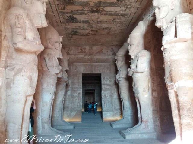 Interior del Templo de Ramses II