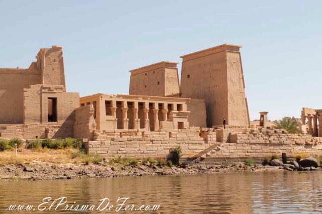 Vista desde el río del Templo Philae