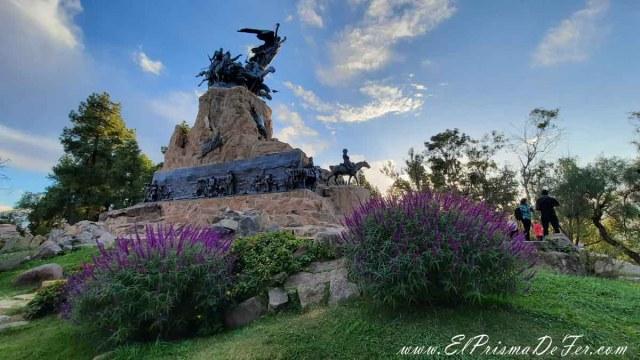 Monumento al Ejercito de los Andes en el Cerro de la Gloria