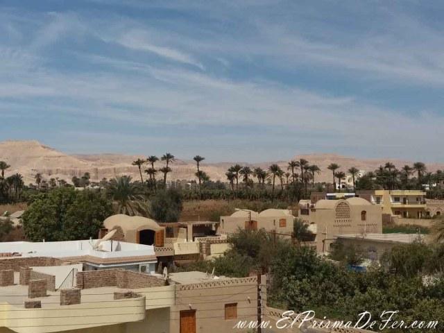 Vista desde la terraza de nuestro hospedaje en Luxor