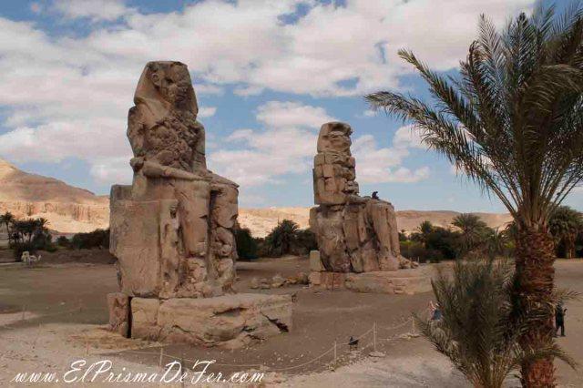 Los 2 colosos de Memnon