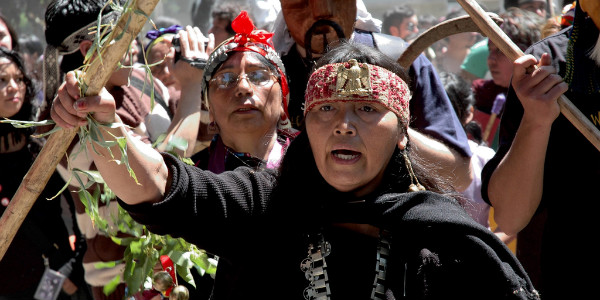 Mujeres-Mapuche.jpg