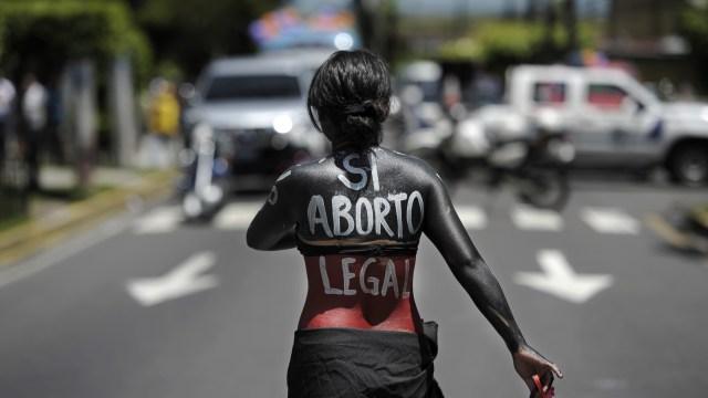 https://i1.wp.com/elpulso.hn/wp-content/uploads/2016/05/Aborto-Perú.jpg?resize=640%2C360