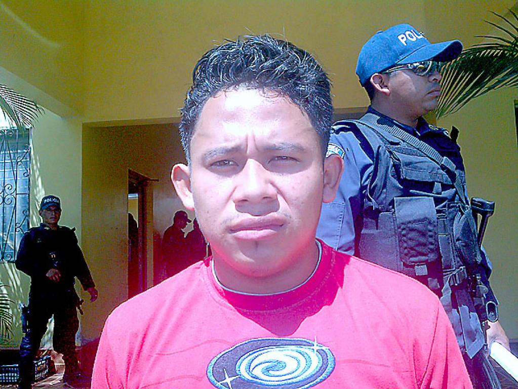 Roger Mauricio García Pineda, detenido el 7 de abril de 2014 en el barrio Éxitos de Lempira, en el municipio de Morazán, Yoro, vinculado con el asesinato de Héctor Medina Polanco.