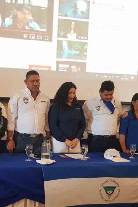"""Bloques opositores en Nicaragua conforman """"coalición"""" mientras campesinos marcan distancia"""
