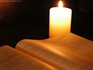 biblia, palabra de Dios, vela
