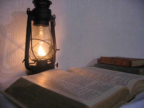 lamp-bible