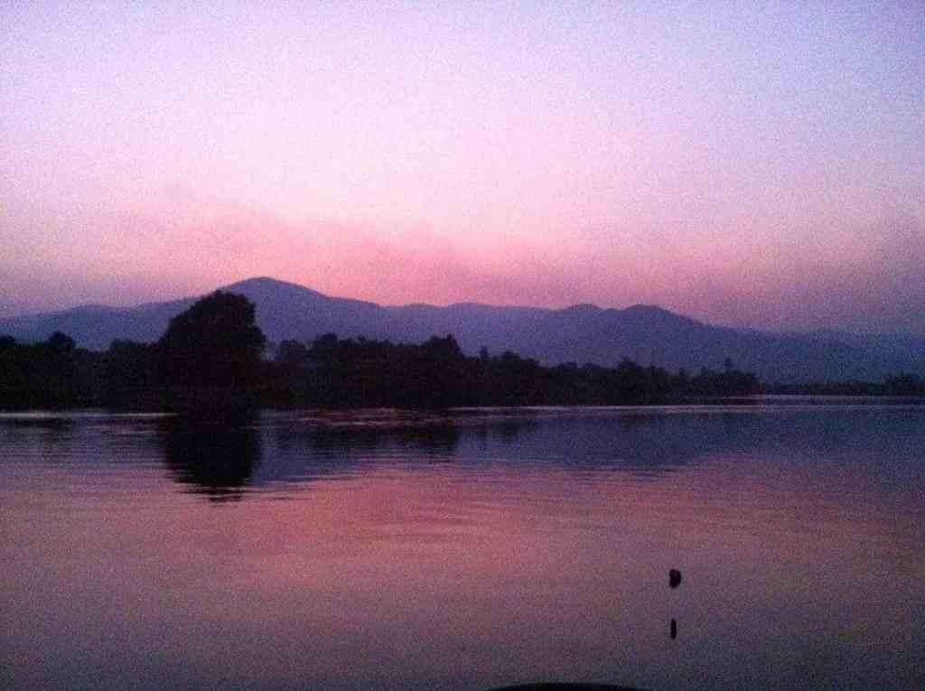 eLPuTocaRDi-SoulSearching-Kampot-Sunset
