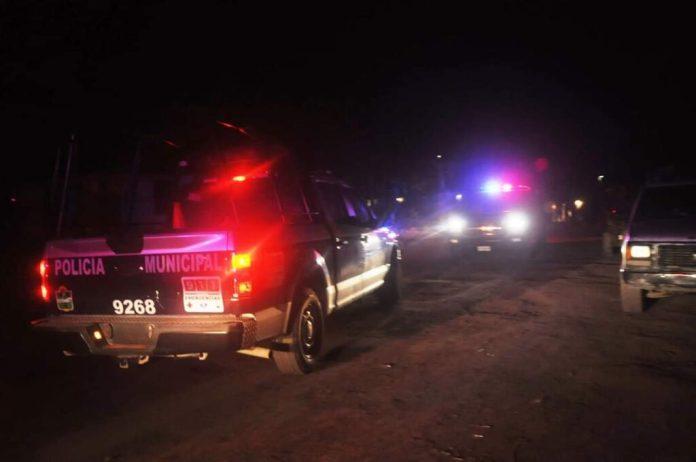 https://quintopoderqrp.com/2021/07/17/le-roban-taxi-y-a-chofer-lo-amarran-y-lo-abandonan-en-camino-del-poblado-de-chemuyil-en-playa-del-carmen/
