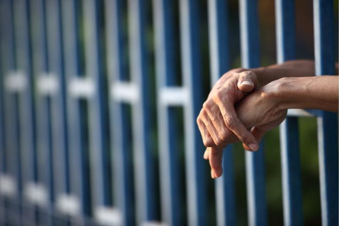 https://blogs.iadb.org/ideas-que-cuentan/es/la-pandemia-y-las-prisiones-cuales-son-los-desafios-para-los-gobiernos-de-america-latina/