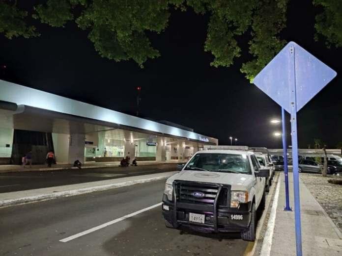 https://www.meganews.mx/quintanaroo/amenaza-de-bomba-en-el-aeropuerto-de-cancun/
