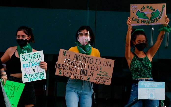 https://aristeguinoticias.com/0303/mexico/diputados-de-quintana-roo-se-inclinan-contra-despenalizacion-del-aborto-video/