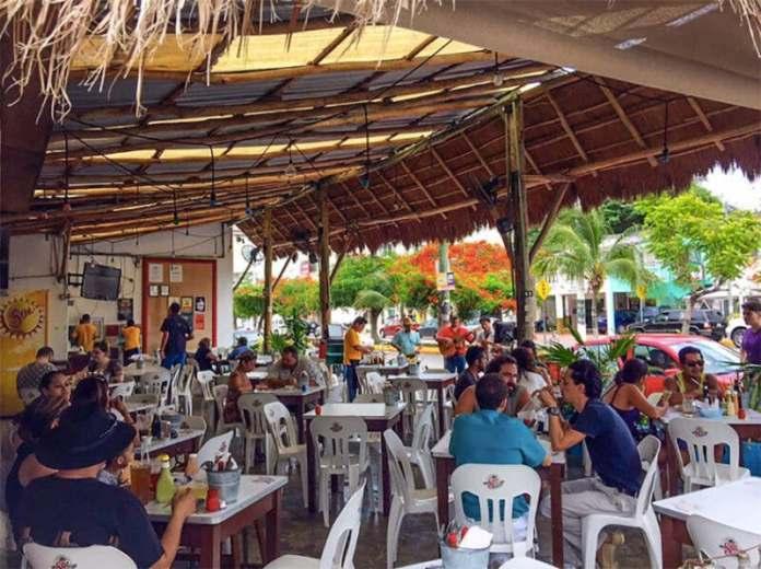 https://www.meganews.mx/quintanaroo/restauranteros-buscan-aplazar-1-hora-su-horario-de-cierre/