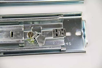 Heavy Duty Locking Slides. Lengths from 407mm to 1524mm. 227kg Rated 2