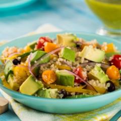 Receta de ensalada de quinoa y aguacate