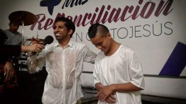 Pastor David López y Johan David Abril
